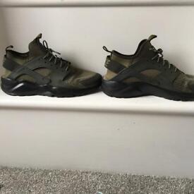 Nike air huarache run ultra size 11