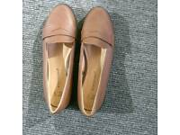 Ladies brown flat shoes size 4