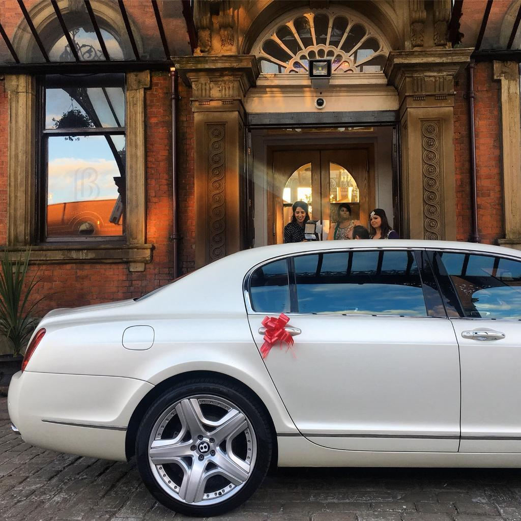 Wedding Car Prom Chauffeur HireBentley HireAston Martin H - Bentley chauffeur