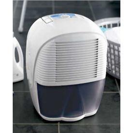 Delonghi 10 litre Dehumidifier