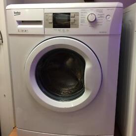 Nearly new 7kg Beko washing machine £129 delivered