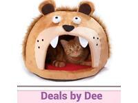 Lion head cat bed