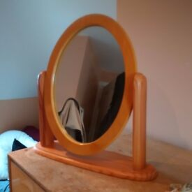 Vintage Dressing Table Mirror £10 ONO