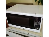 large 32l touch control Panasonic microwave oven in pristine condition