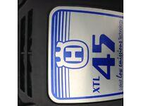 Husqvarna xtl45 self propelled petrol mulching mower