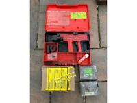 Hilti DX 450 nail gun