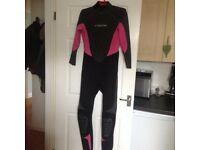 Wetsuit Ladies CSkins Atomic 3mm excellent condition