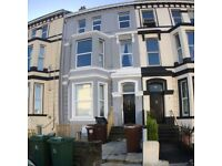 Central 4 Bedroom Student Flat close to Mutley Plain