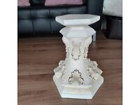 SMALL PEDESTAL GREAT BUY