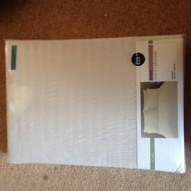 BRAND NEW HALF PRICE M&S double duvet cover and 2 pillow cases