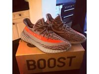 Yeezy Boost 350 V2 - Official - Size 9