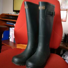 Harry Hall Wellington boots - Size 4 or 4.5