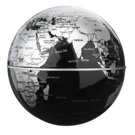 Magnetic Rotating Globe with LED * Brand New