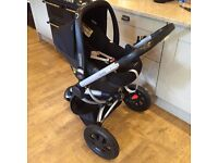 BUZZ QUINNY XTRA BLACK SUPERB TRAVEL SYSTEM INCLUDES MAXI COSI PEBBLE PLUS CAR SEAT ONLY 6M OLD