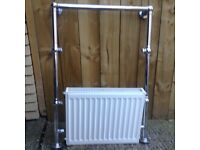 Heated towel radiator
