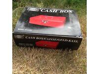 Large cash box with keys new