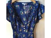 New Look Floral Sequin Top Size 8