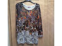 As new quality jumper size large