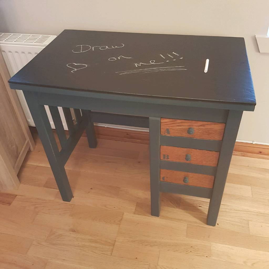 Desk and chair (kids set)