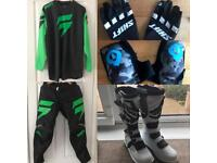 NEW NEVER WORN COMPLETE MOTOCROSS BOOTS & OUTFIT
