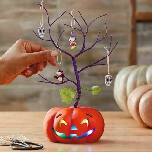Hallmark Halloween Jack-O-Lantern Miniature Ornament Magic Cord Tree