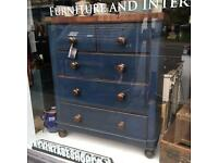 Antique Victorian chest of drawers