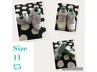 Girls Nike trainers size 11