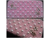 Pearl Purse Pink and white and gold.