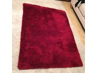 Rug, high pile, red