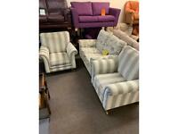 A beautiful 3 piece suite in excellent condition