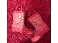 Size 5 wellies from mothercare