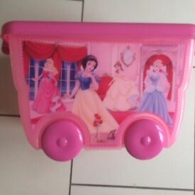 25l Storline.es Storage Box On Wheels Pink with decals. Collect only