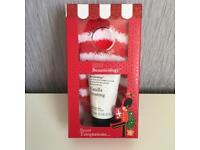 Baylis and Harding Beauticology foot & sock gift set