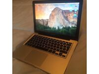 APPLE MACBOOK UNIBODY INTEL CORE 2 DUO 2GHZ 8GB RAM 160GB HDD WIFI WEBCAM OS X