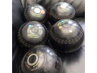 Thomas Taylor lignoid lawn bowls.