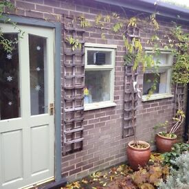 Private studio flat on quiet lane in central Durham to let