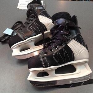Kids CCM Intruder Hockey Skates (sku: H8LG4G)