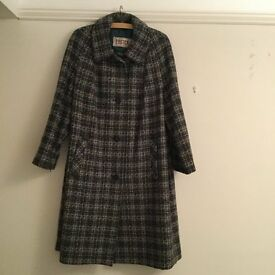 Ladies Eastex wool coat. Size 22.