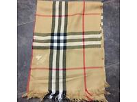 Burberry Unisex £20 scarf