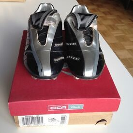 Childs football Boots Size