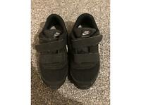 Kids size 8.5 trainers