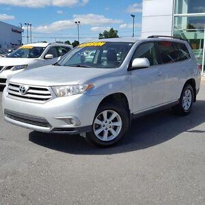2012 Toyota Highlander AWD 7 PLACES TOUTE ÉQUIPÉ JAMAIS ACCIDENT