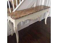 Entry shabby chic table