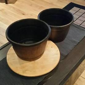 Two flower pots.