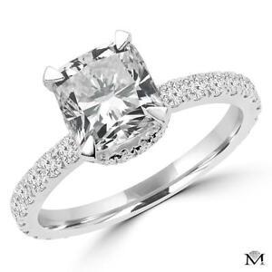 DIAMOND ENGAGEMENT RING WITH A 1.50 CARAT CENTER / BAGUE DE FIANCAILLES  AVEC DIAMANT DE 1.50 CARAT