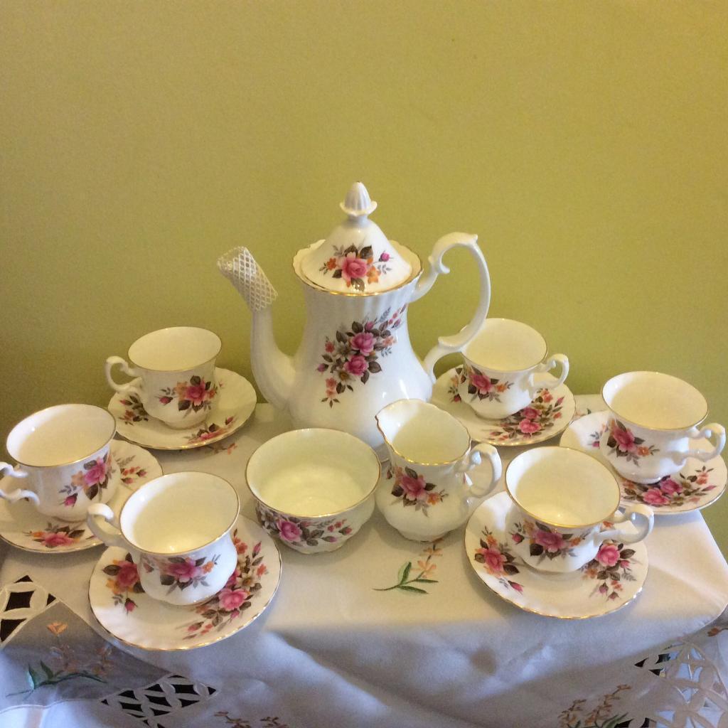 Vintage 16 piece Royal Albert Richmond Coffee Set .