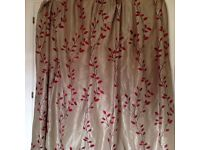 Curtains in excellent condition
