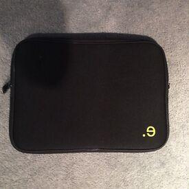 Be.ez Macbook Pro 13 inch Sleeve case mint condition