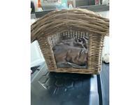 Wicker dog bed kennel