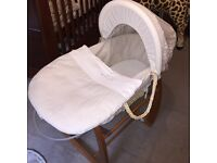 Moses basket 🌟REDUCED🌟